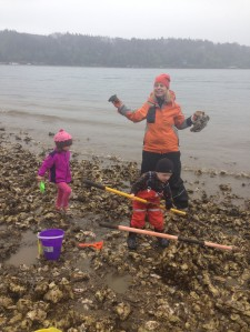 Erin and the kids out getting oysters and steamer clams.